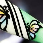 Double-Layers Gradient-Coloring Butterflies Foil Nail Design