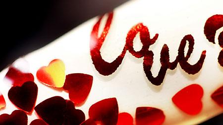 Web_450px_Valentine Love Foil Hearts Nail Art