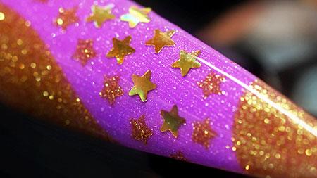 Web_450px_Purple Glittering Gold Holo Stars Nail Art