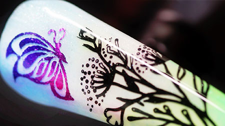 Web_450px_Nature-Beauty-Butterfly-Foil-And-Stamping-Nail-Art